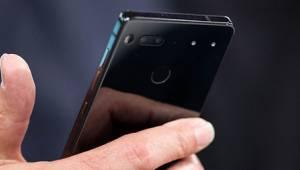 Essential Phone Daha Piyasaya Çıkmadan Marka İhlaliyle Suçlanıyor