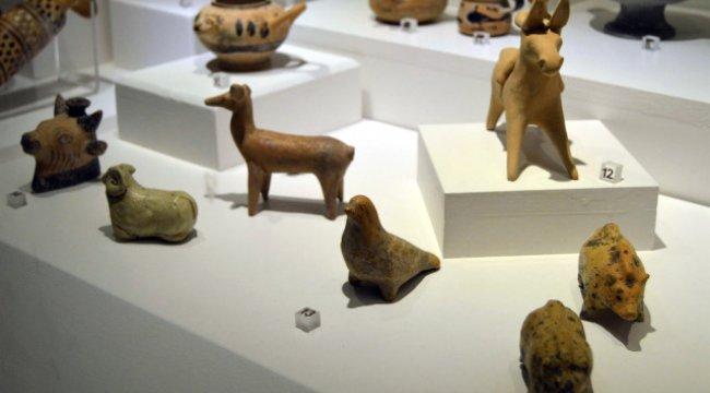 2 Bin 500 Yıl Öncesinin Oyuncakları Görenleri Büyülüyor