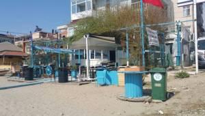 Plajlara Tekerlekli Çöp Kutuları Yerleştirildi