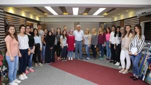 Stajyer Öğrenciler Başkan Mandalı'nın Misafiri Oldu