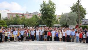 Yaz Spor Okulları'nın Açılış Töreni Atatürk Anıtı Önünde Gerçekleştirildi