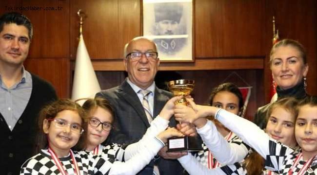 Geleceğin Şampiyonlarından Başkan Uyan'a Teşekkür