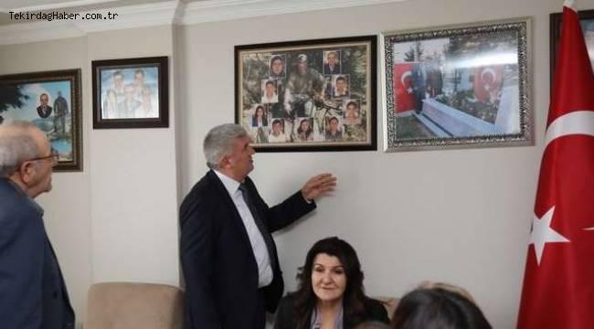 Başkan Mandalı'dan Şehit Annelerine Anlamlı Ziyaret