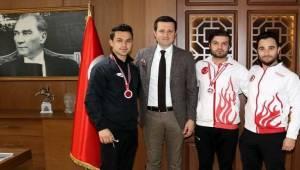 Çerkezköy Türkiye Profesyonel Kickboks Şampiyonasında Başarıyla Döndü