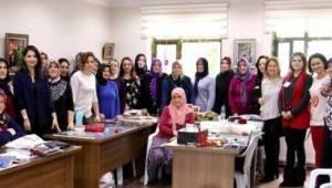 Eşler de 8 Dünya Emekçi Kadınlar Günü'nü Kutladılar