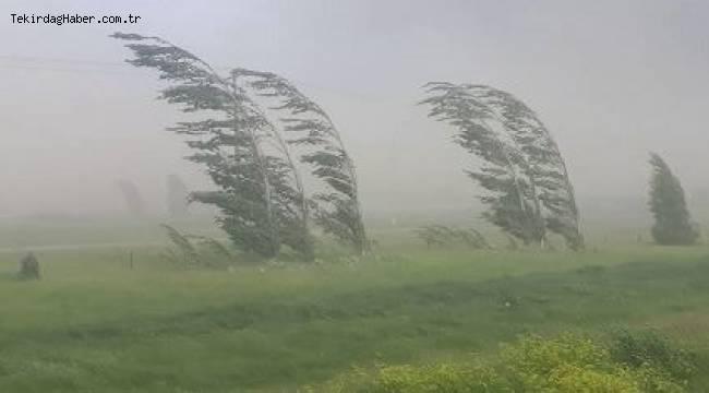 Tekirdağ'da Rüzgar Çatıları Uçurdu