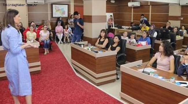 Çocuk İstismarı Üzerine Bilgilendirme Toplantısı Yaptı