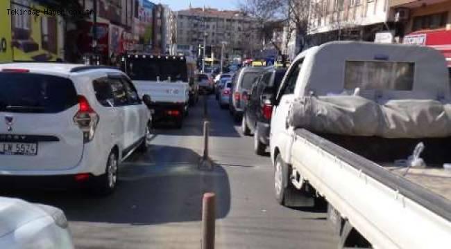 Tekirdağın Prestij Caddesinde Vatandaşın çilesi Bitmek Bilmiyor