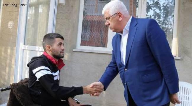 Tekirdağ Ergene Belediye Başkanı Rasim Yüksel Yaralı Askerimizi Evinde Ziyaret Etti