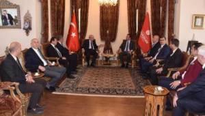 Tekirdağ Belediye Başkanları İstanbul Büyükşehir Belediye Başkanı Ekrem İmamoğlu'nu Ziyaret Etti