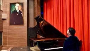 Tekirdağ Gülsin Onay Piyano Günleri Tüm Hızıyla Sürüyor