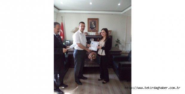 Hayrabolu Kaymakamı Orhan'dan Eğitimcilere Başarı Belgesi