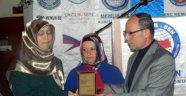 10 Yaşındaki Çocuğu Öldürülen Mürüvet Aktaş 'Yılın Annesi' Seçildi