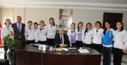 Serpicioğlu Küçük Kızlar Voleybol Takımı Türkiye Şampiyonası'na Gidiyor