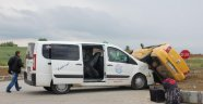 Taksiyle Kamyonet Çarpıştı: 5 Yaralı